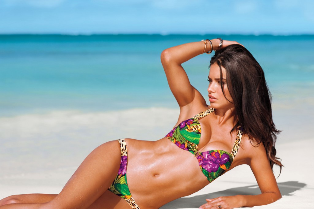 Images Of Adriana Lima, One Of The Hottest Girls In Movies