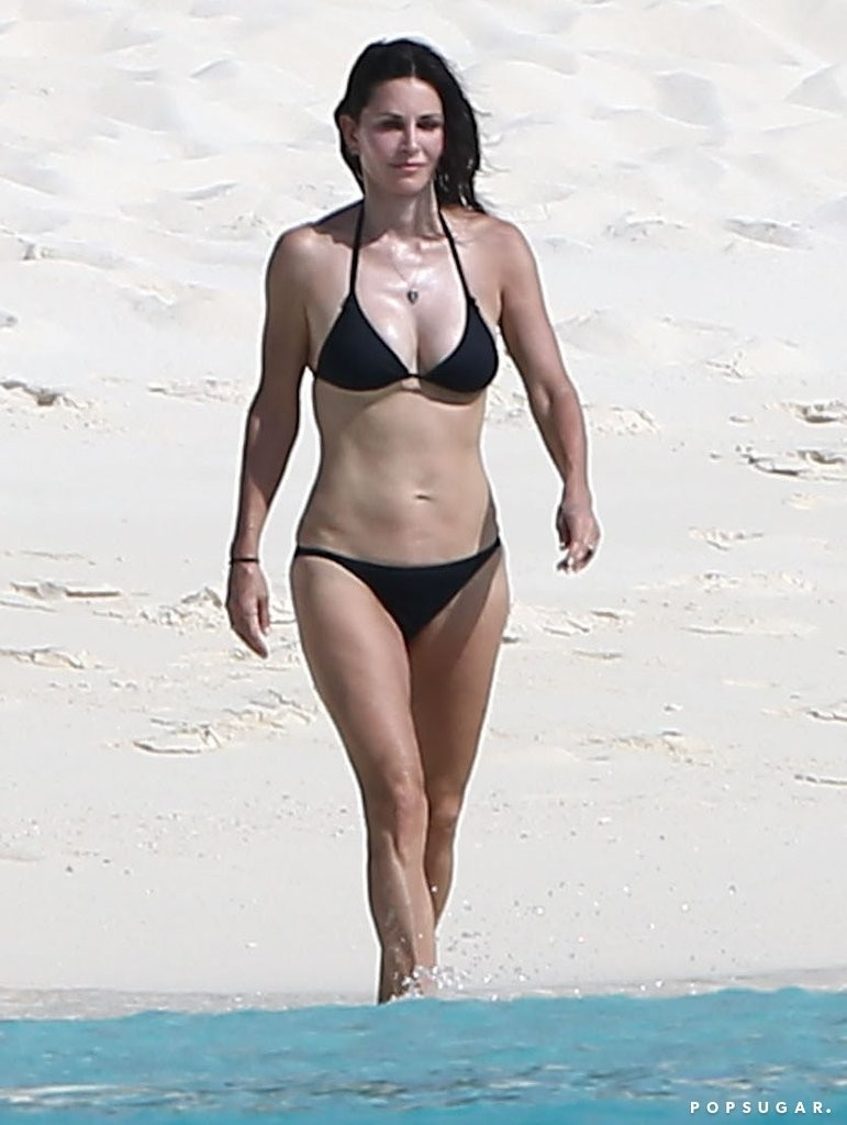 Courteney Cox Shows Off Her Incredible Bikini Body With Johnny Mcdaid