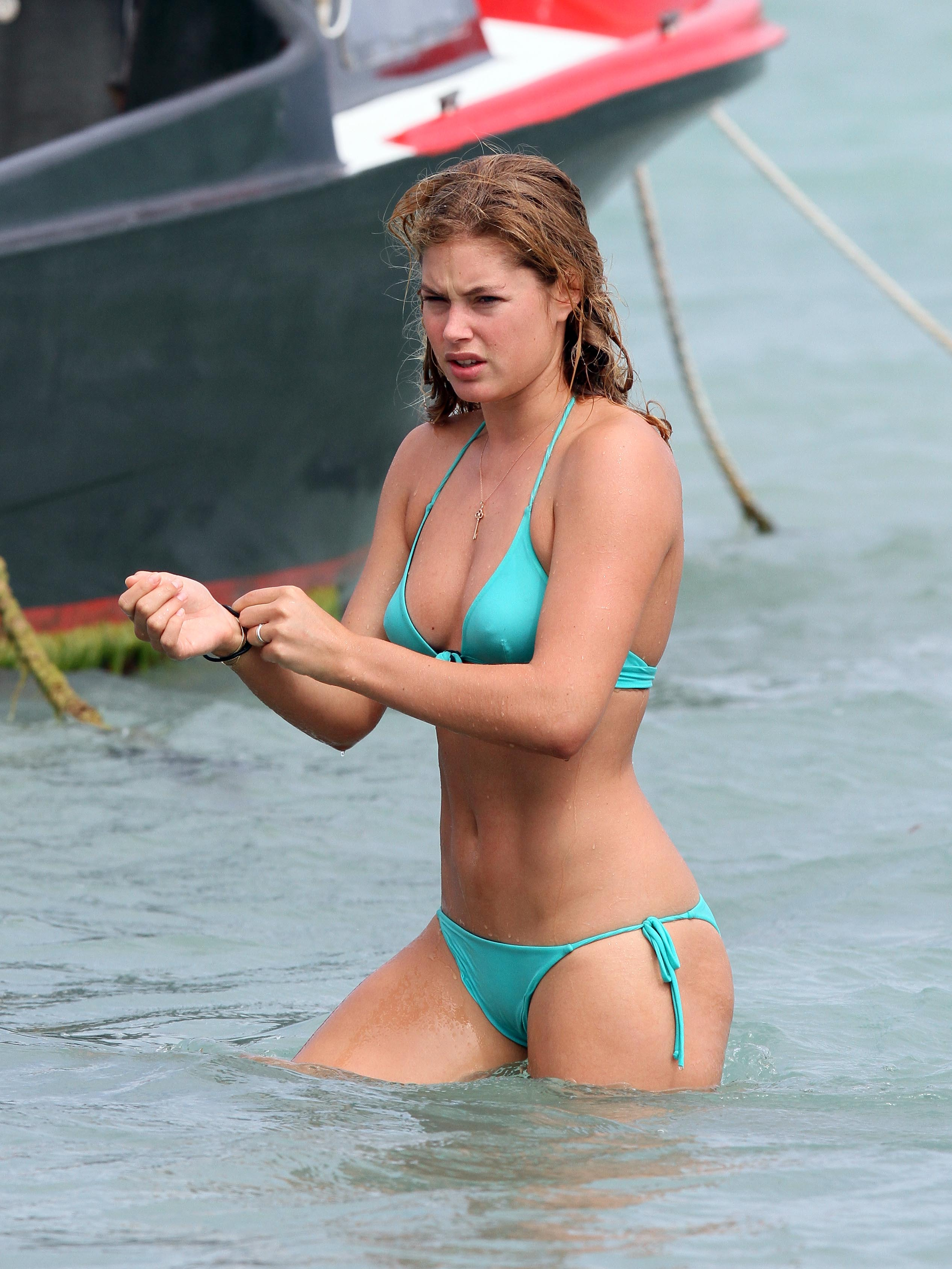 Doutzen Kroes on holiday in Saint Barthelemy.  Pictured: Doutzen Kroes  Ref: SPL153790  280110   Picture by: KCSPresse / Splash News  Splash News and Pictures Los Angeles:	310-821-2666 New York:	212-619-2666 London:	870-934-2666 photodesk@splashnews.com
