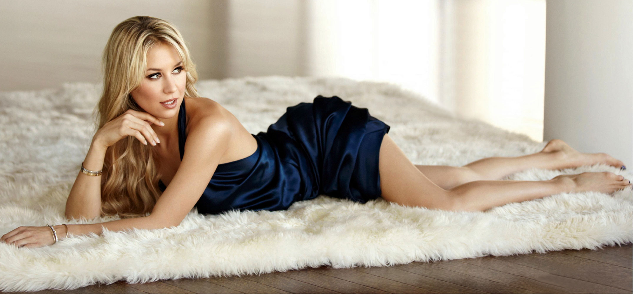 Tennis Golden Girls ANNA KOURNIKOVA in Jezebel Magazine