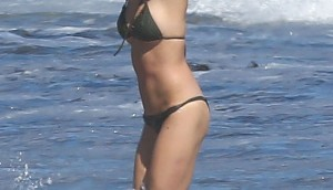 [WEB USE OK] *EXCLUSIVE* Malibu, CA - Ashley Greene shows off her amazing bikini body while paddling boarding at the beach in Malibu with a mystery man. Ashley looked very close with her ripped friend while the two shared the same Paddle board in a romantic moment in the ocean.   AKM-GSI          August  12,  2012   To License These Photos, Please Contact :  Steve Ginsburg (310) 505-8447 (323) 4239397 steve@ginsburgspalyinc.com sales@ginsburgspalyinc.com  or  Keith Stockwell (310) 261-8649 (323) 325-8055  keith@ginsburgspalyinc.com ginsburgspalyinc@gmail.com