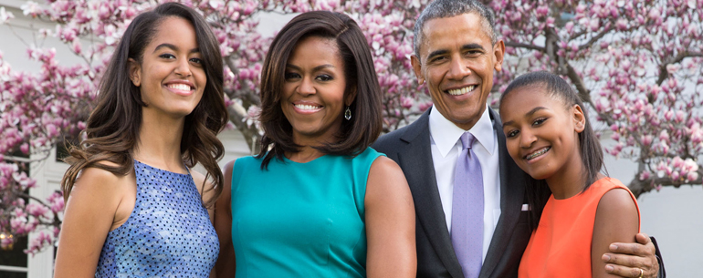 Malia Obama Settles Into Harvard University For First Year Of College With The Help Of Barack And Michelle Obama