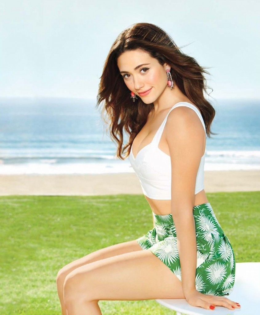 Emmy Rossum Surprised Fans By Sharing Hot and Sexy Photos