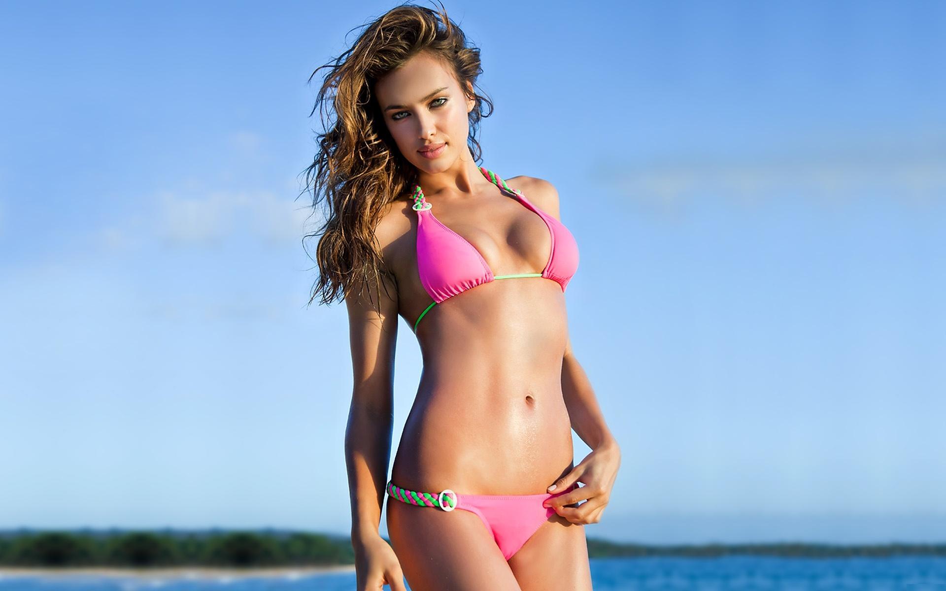 Irina Shayk In Bikini