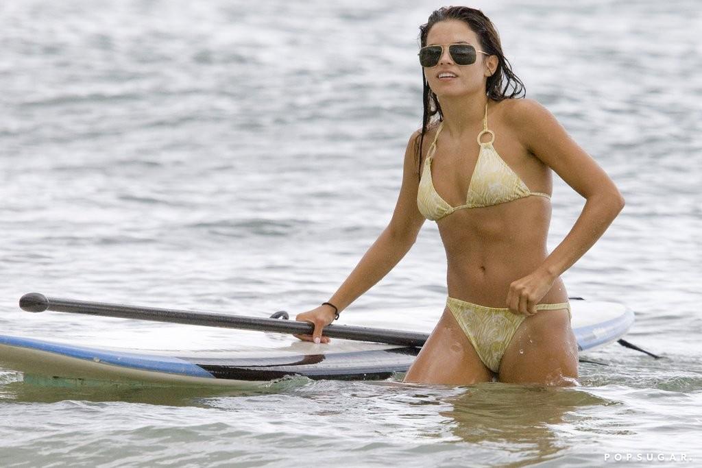 Jenna Dewan Flaunts Her Figure In Tiny Red Bikini