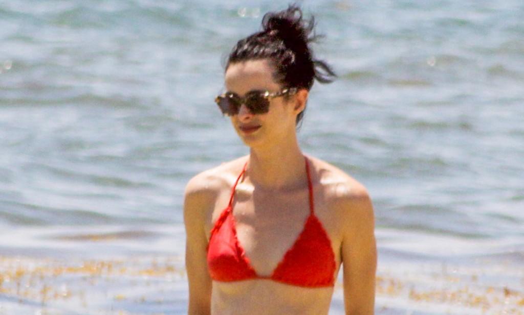 Krysten Ritter Parades Her Superhero Body In A Tiny Bikini On Romantic Beach