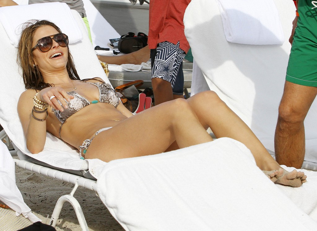 Maria Menounos Shows Off Her Beautiful Hot Bikini Body On Romantic Beach Break In Mexico