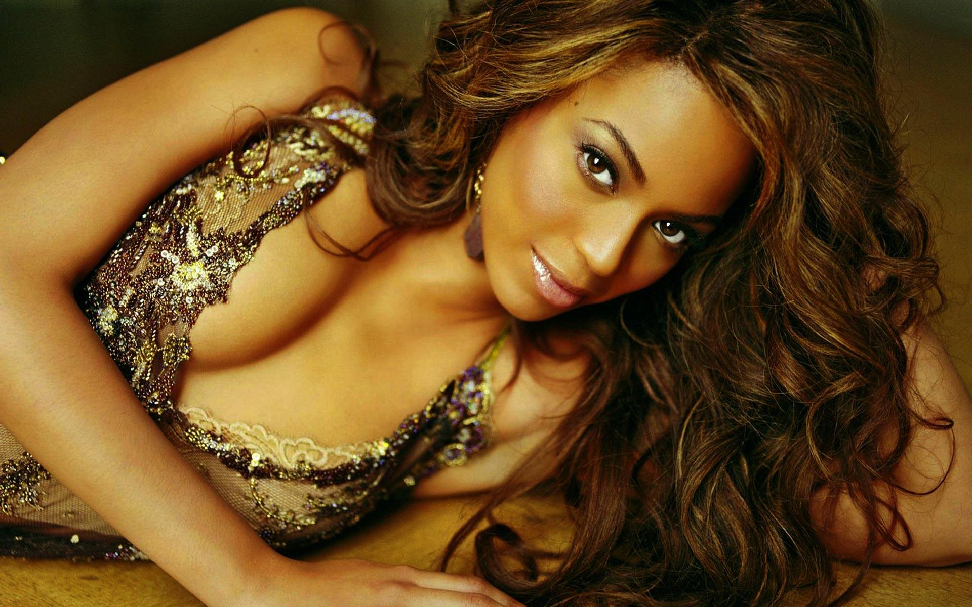 Beyoncé-Knowles7