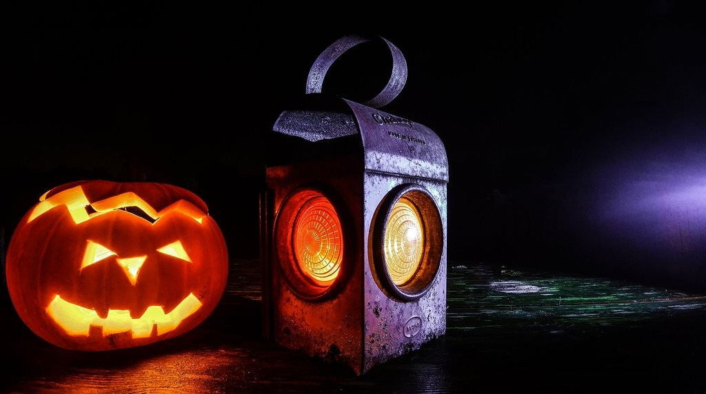 15 Halloween Party Games That Will Spook Your Guests, Not Your Wallet