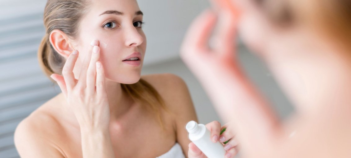 03-11-easy-ways-to-winter-proof-you-make-up-moisturizer