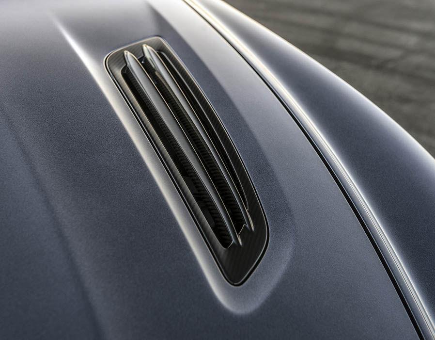 Aston Martin Vanquish Zagato 14