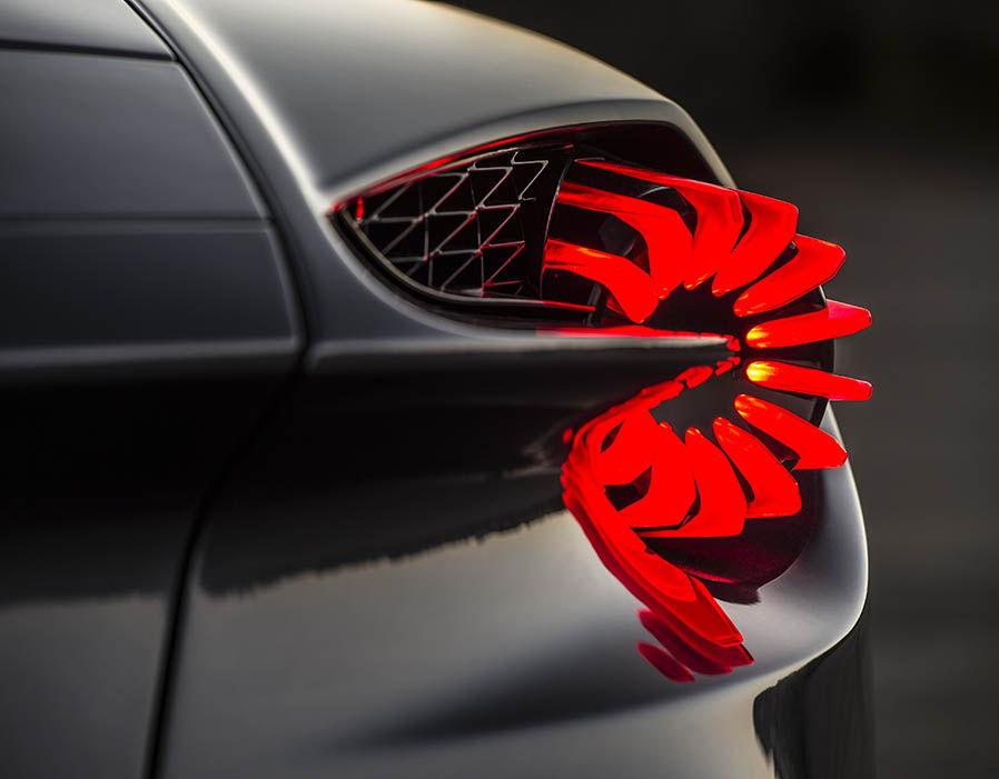 Aston Martin Vanquish Zagato 15