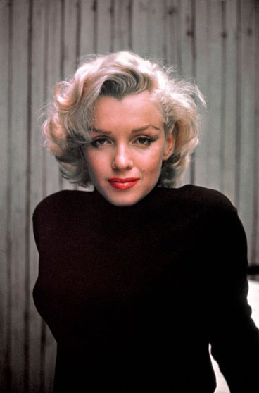 Marilyn Monroe gazes into Alfred Eisenstaedt's camera, 1953.