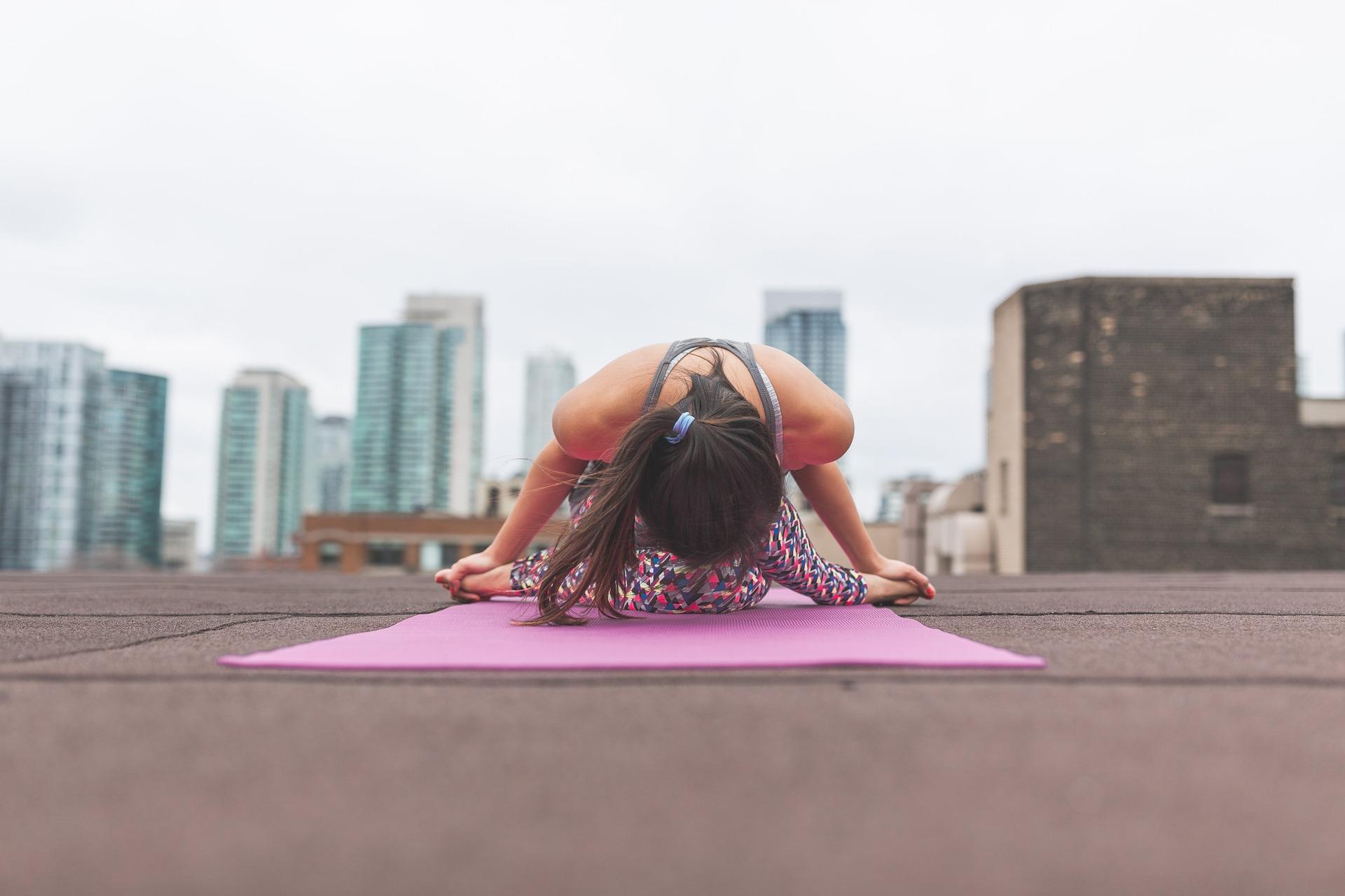 Skin Benefits from Yoga -women Skin