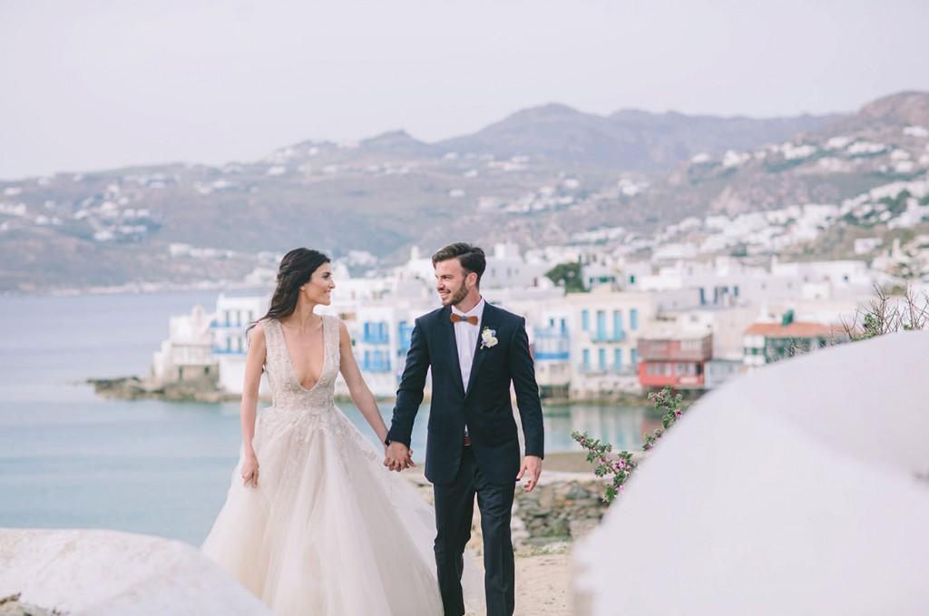 Honeymoon In Greece: How To Plan It And What To See