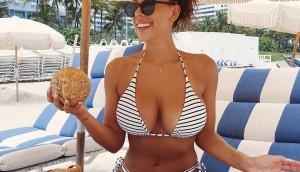 Bikini Blogger Devin Brugman