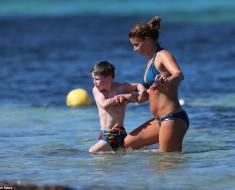 Coleen Rooney in bikini 4