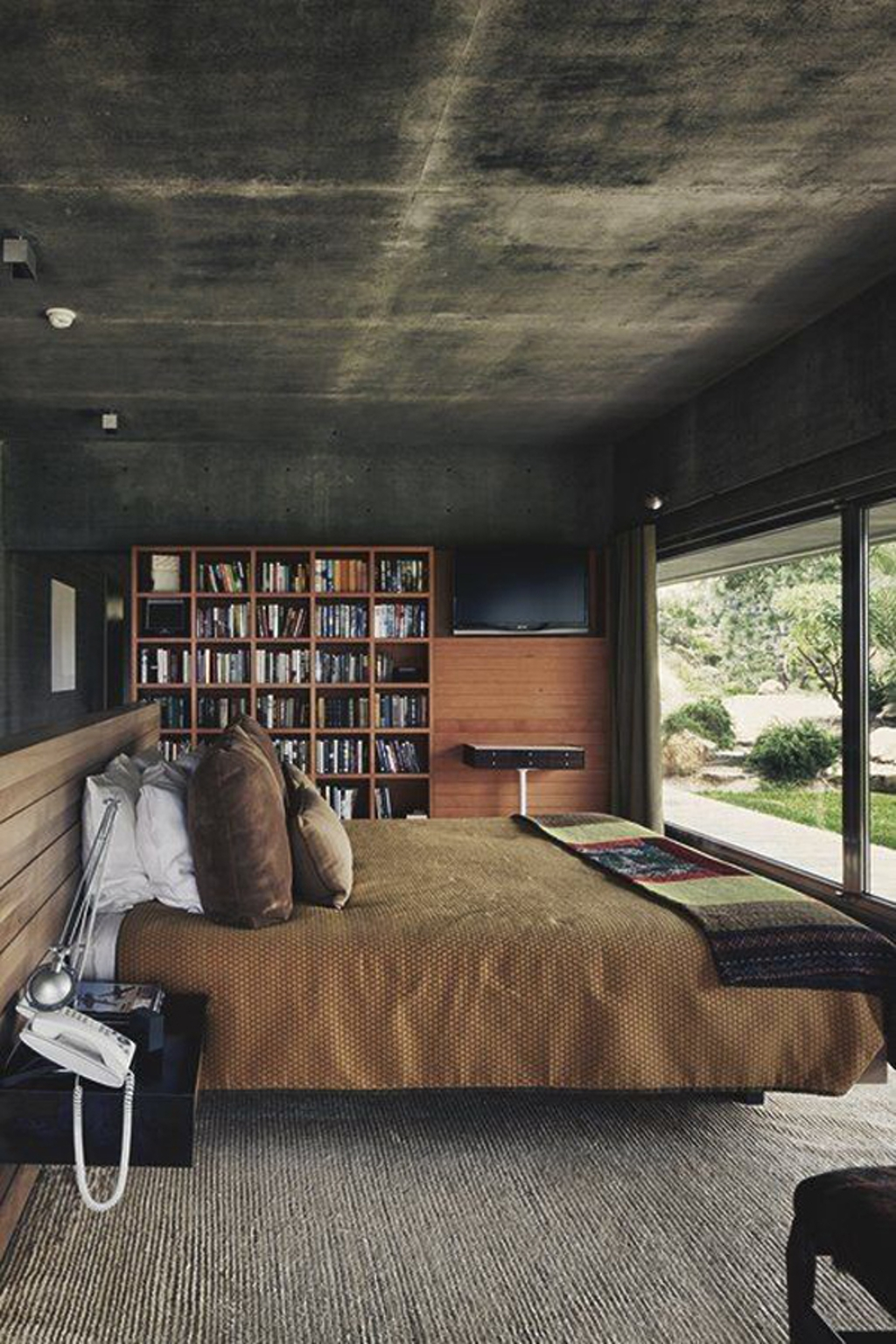 Decorating A Bachelor Pad Bedroom_6