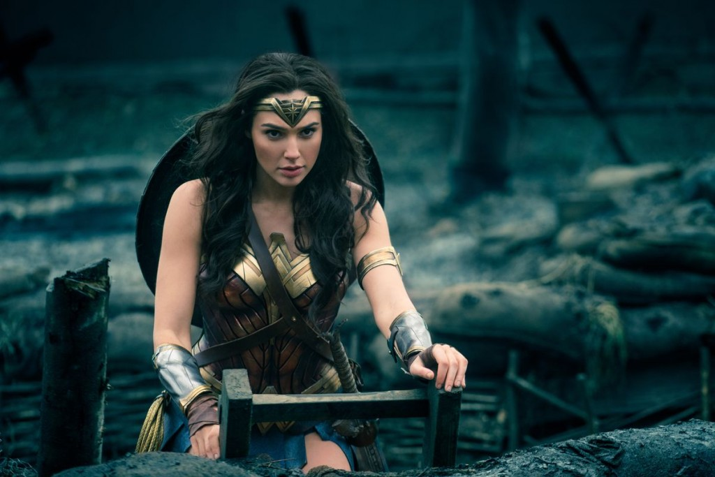 OMG! A Porn Video Of 'Wonder Woman' Gal Gadot Is Breaking The Internet!! It Must Be Fake…Let's Check It Out