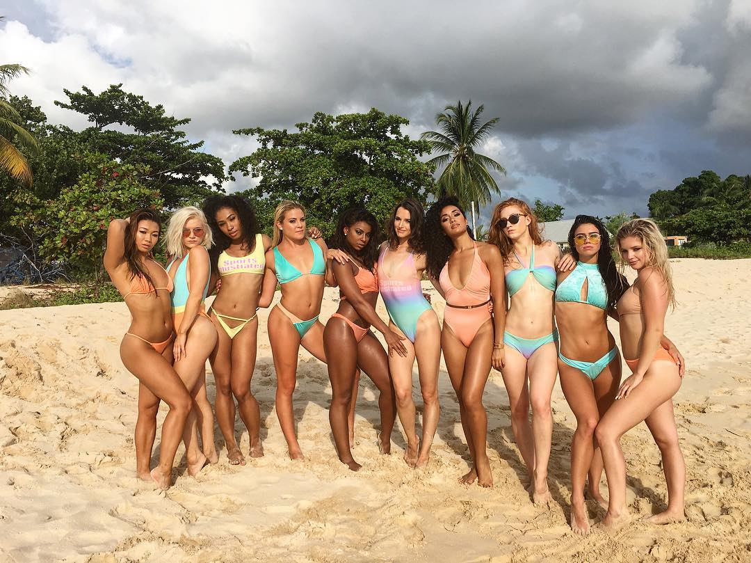 Hot SI Swimsuit Models