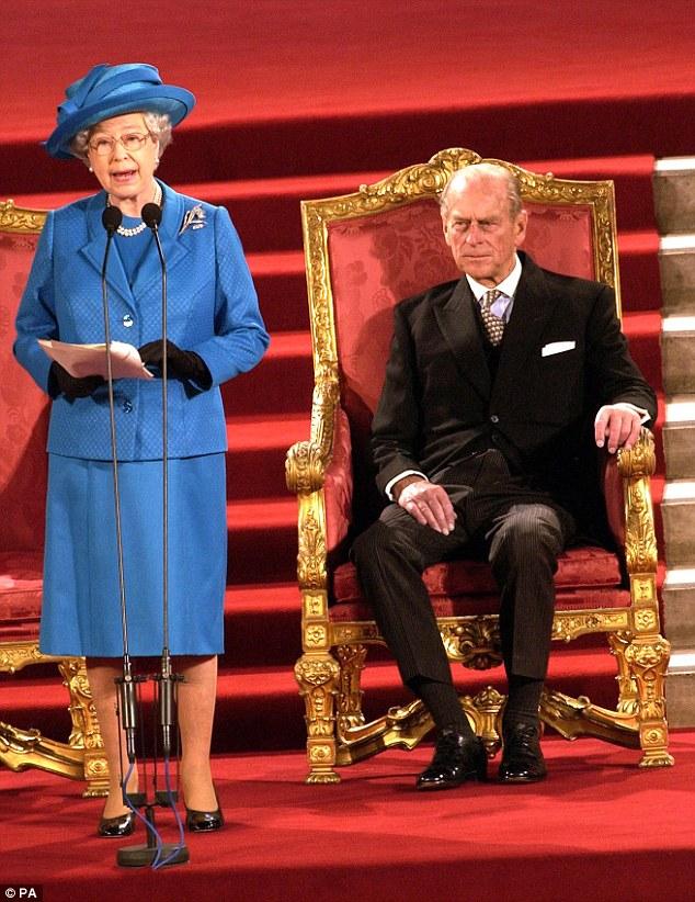 Elizabeth II-V2