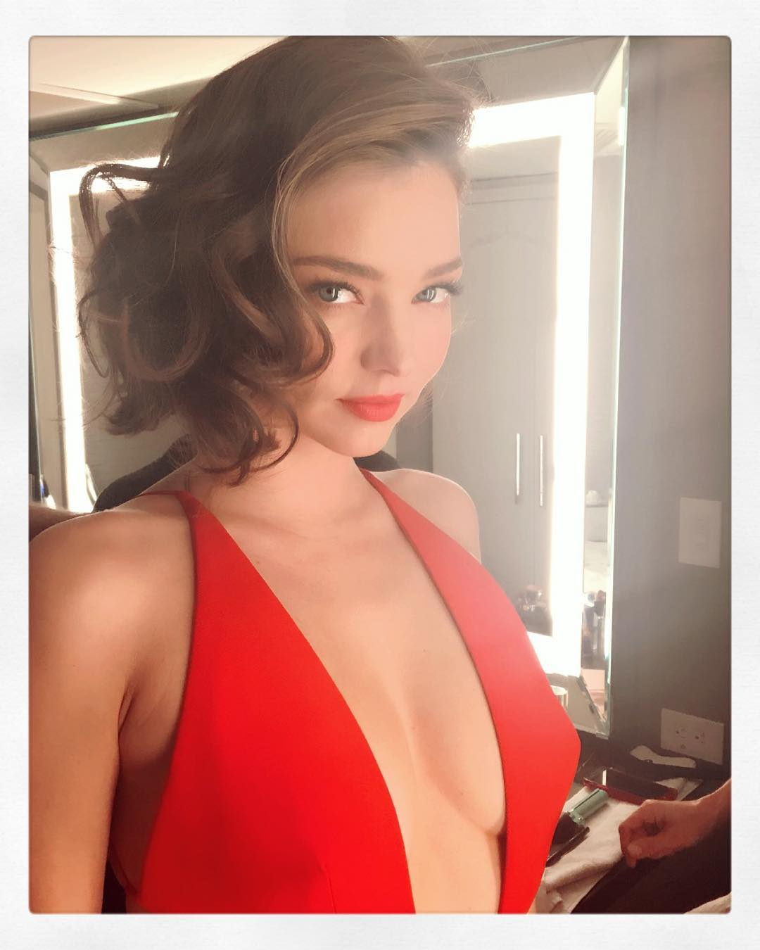 Miranda Kerr- selfie hot celebrity