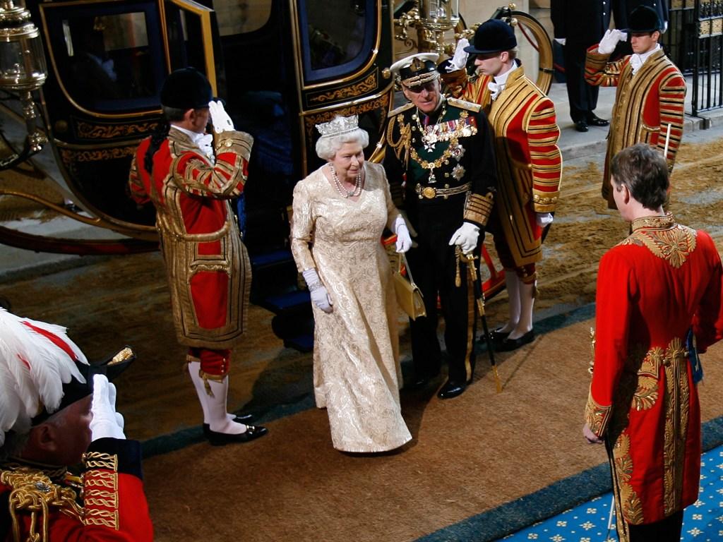 Queen Elizabeth II-V67