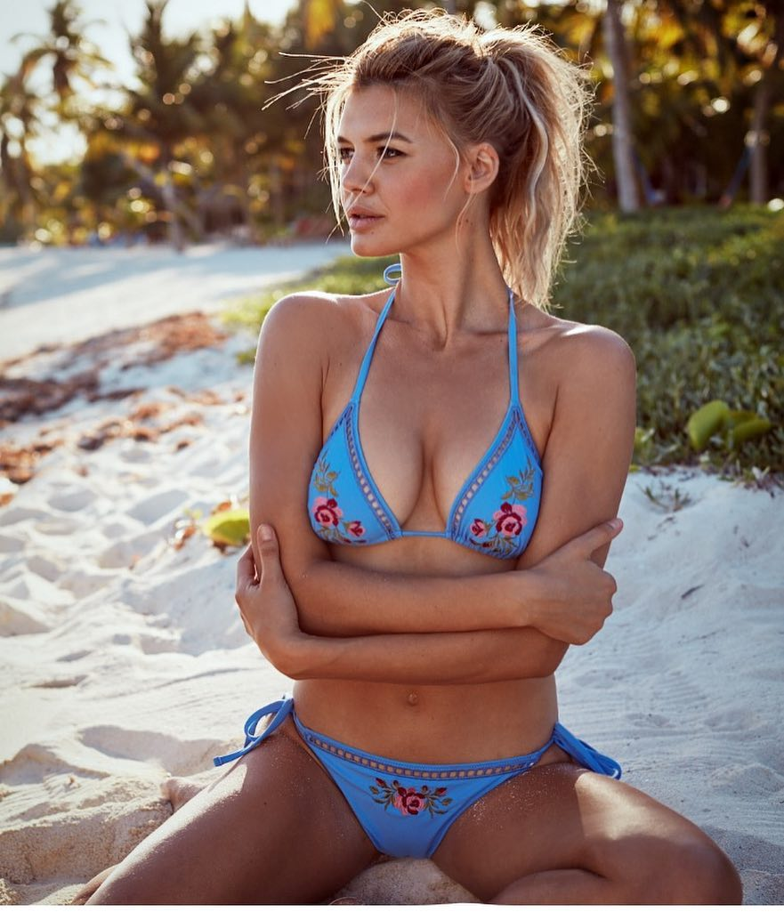 Kelly Rohrbach - Sexiest Women