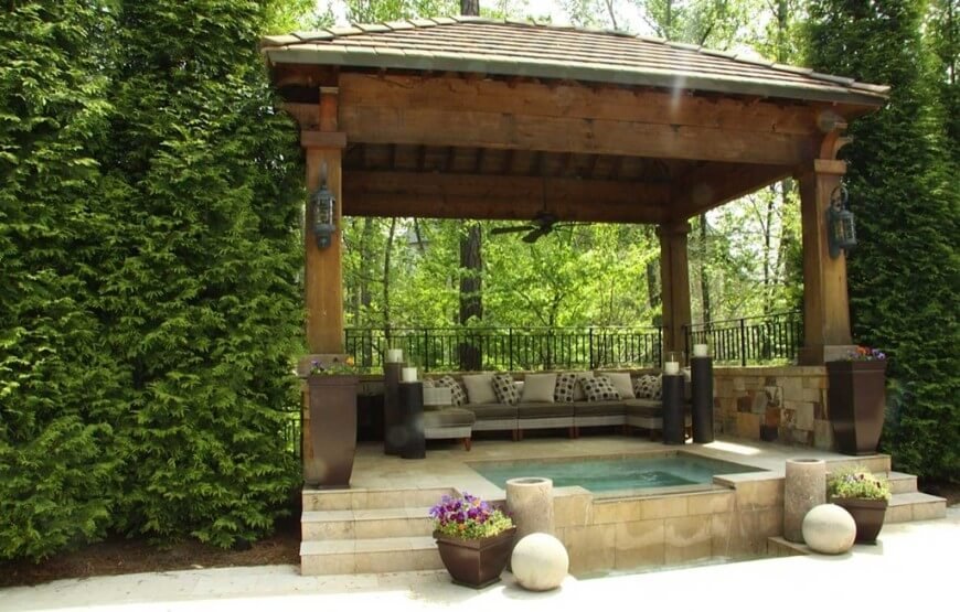 cottages with private hot tubs