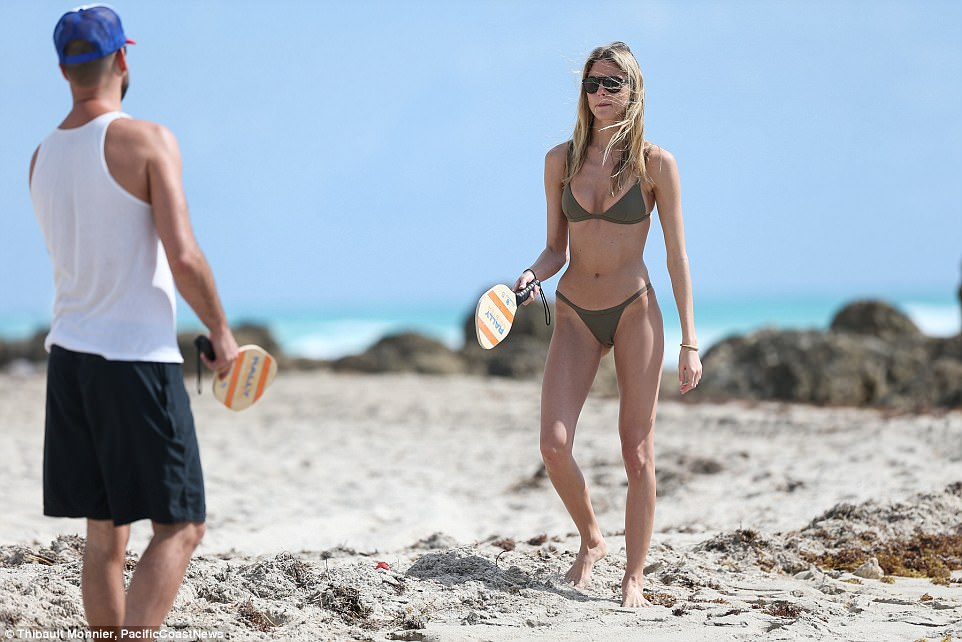 martha hunt lui