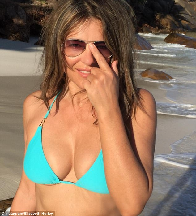 Actress Elizabeth Hurley Sizzling Bikini Photos From Holiday