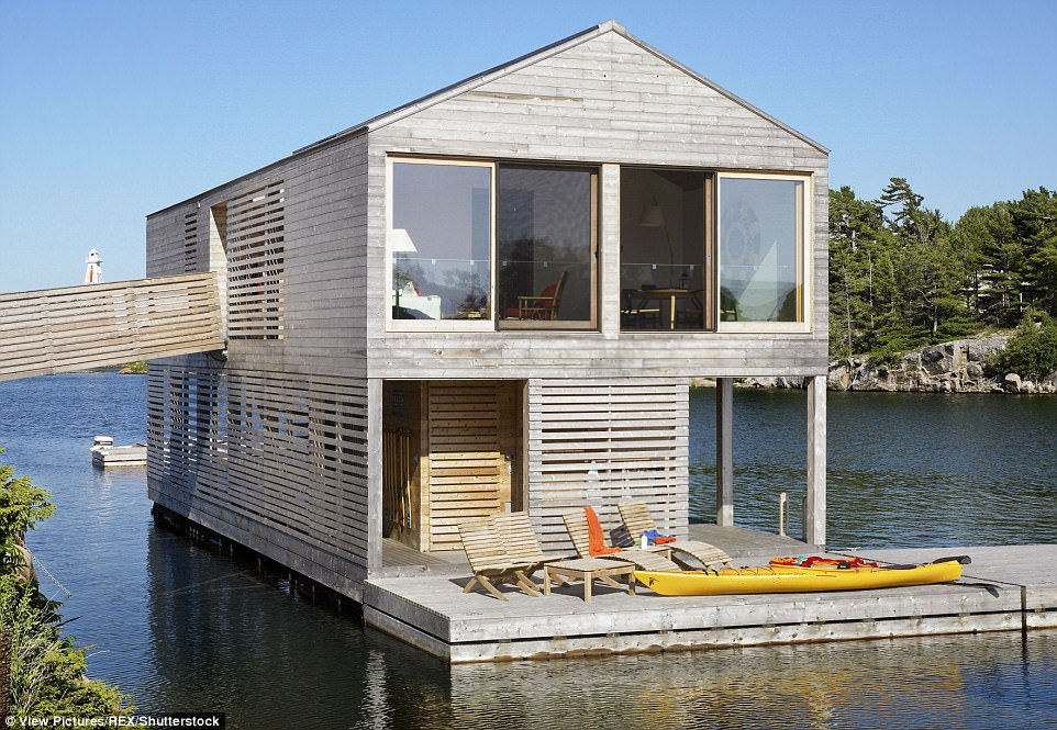 houseboat manufacturers