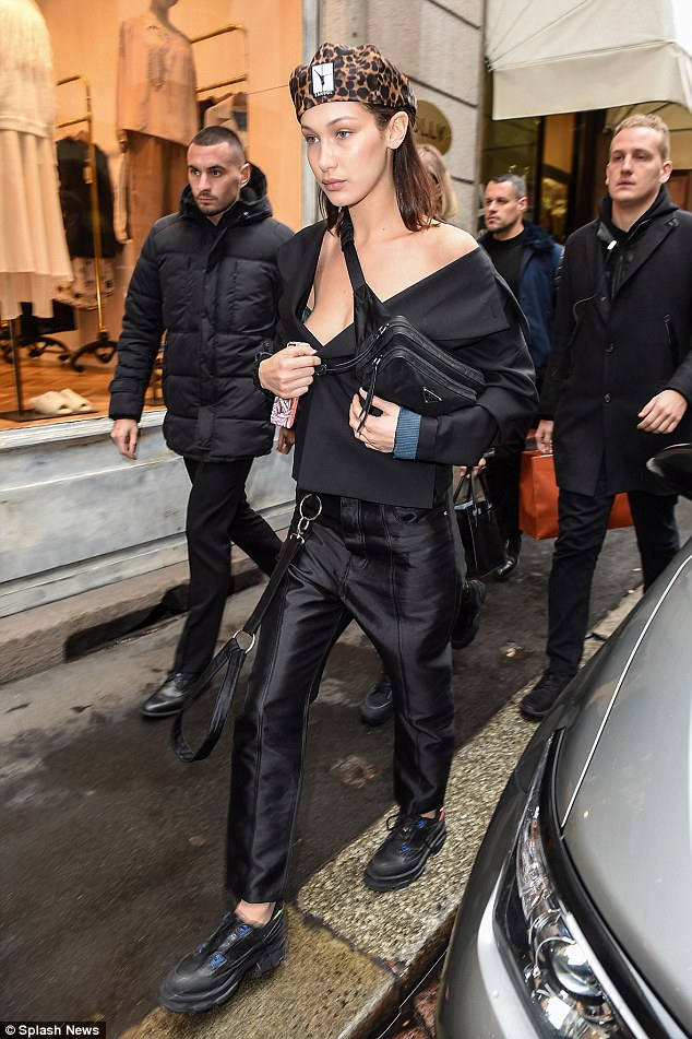 <br /> <strong>Bella has been having a great time while she has been showcasing her best poses on the designer catwalks for Milan where she has joined forces with her sister Gigi