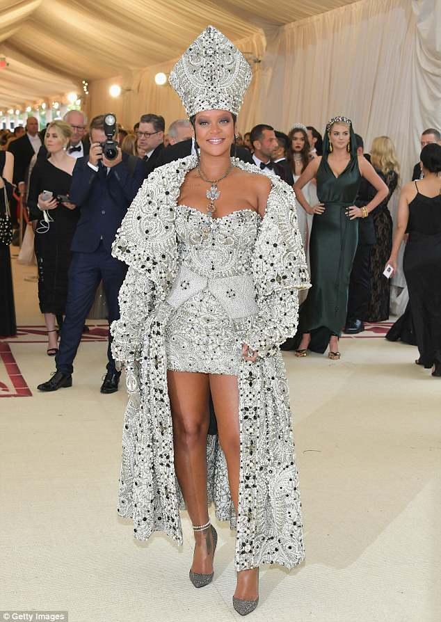 Rihanna Response on Royal Wedding Invitation