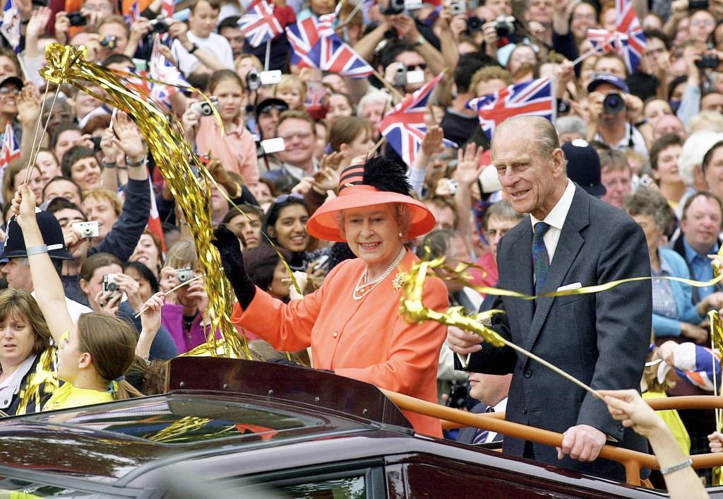 Queen Elizabeth II-V41