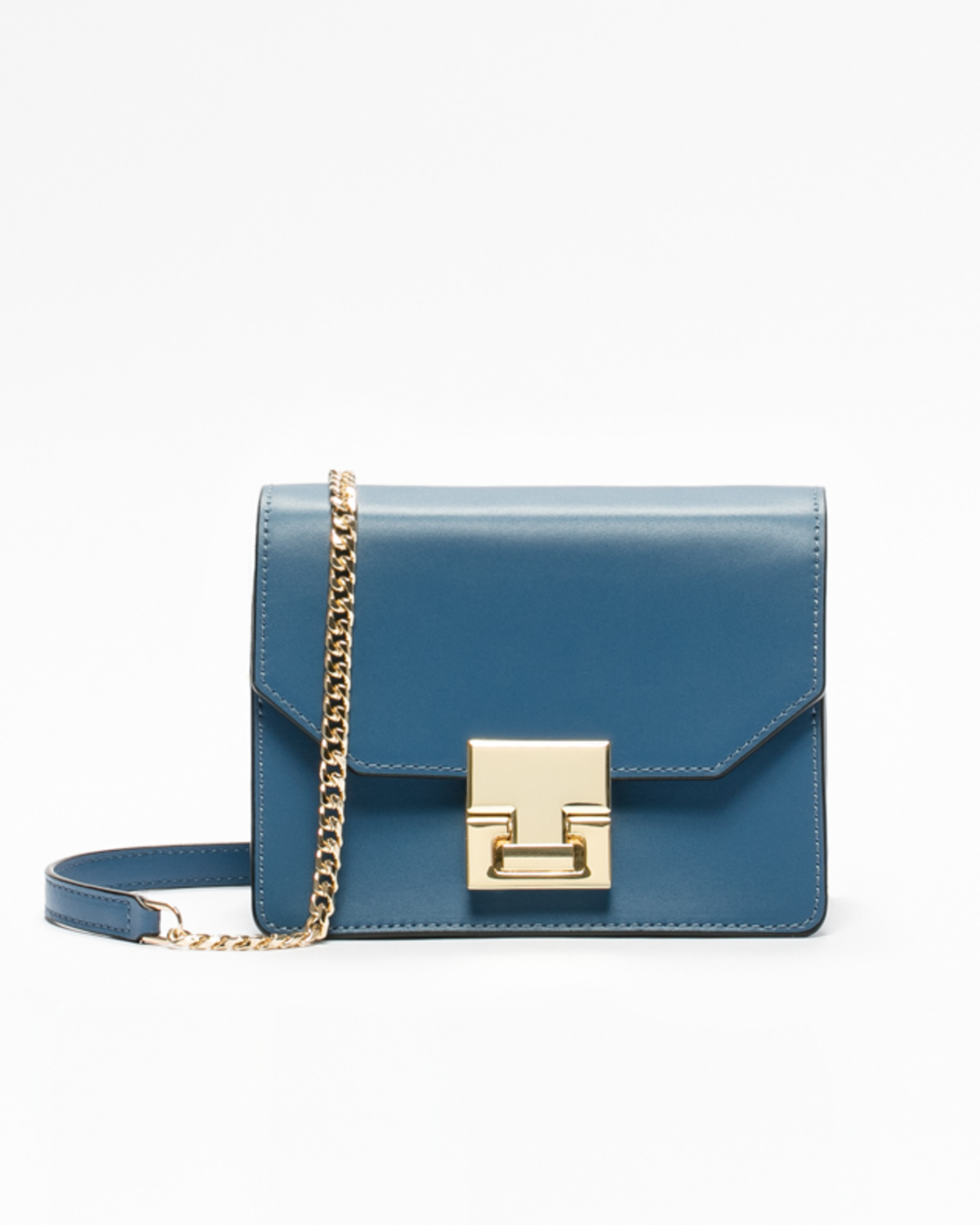 16b247ce065 Best Ivanka Trump's Bags That Are Actually Worth Your Money