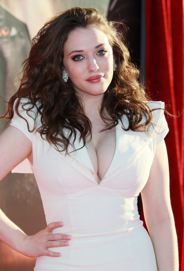 Kat Dennings Shows Off Her Figure In Hot And Sexy Pics-6029