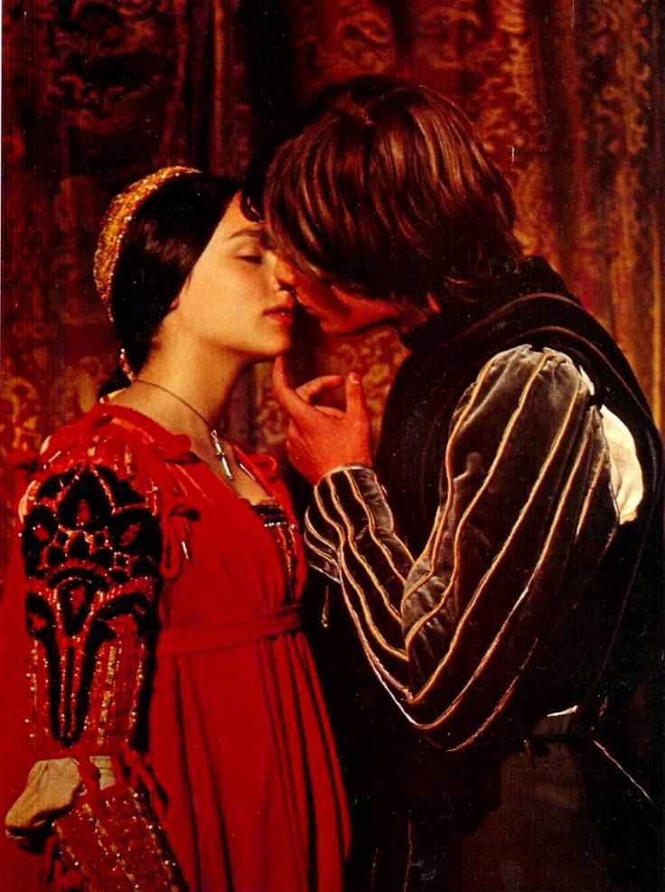 shakespeare in love forbidden love Shakespeare in love ð²ð'ñšforbidden loveð²ð'ñœ the movie shakespeare in love shows yet another approach to the subject of forbidden love.