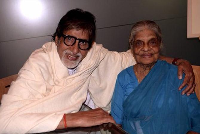 Amitabh Bachchan Met 103-Year-Old Lady