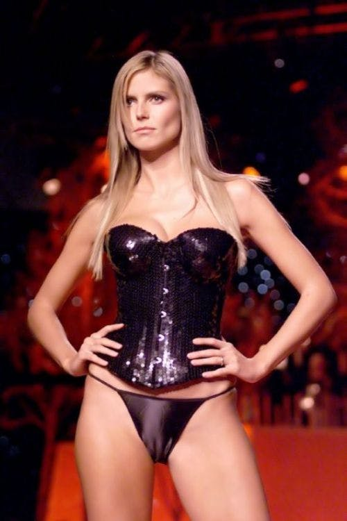 Heidi Klum- Celebrities Camel Toe