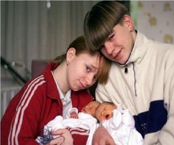 13 Youngest Parents From Around The World