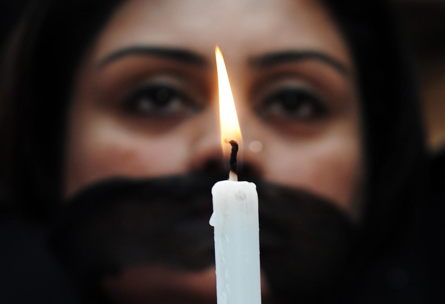 Women Molest In Up's Rampur - molestation -V2
