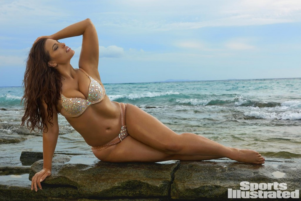 Ashley Graham Flaunts Her Enviable Figure In A Tiny Bikini In Sports Illustrated Swimsuit Snap