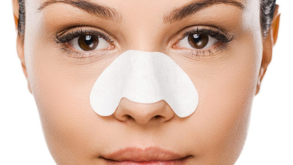How To Treat Blackheads Externally?