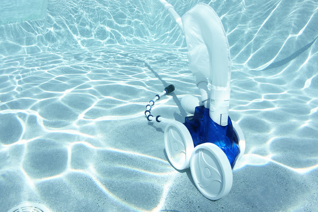 8 Tips To Buy The Best Pool Vacuum At Cheap Price