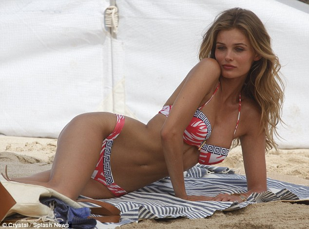 Edita Vilkeviciute Beachside Images In Hot Tiny Bikini