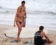 Margot Robbie Shows Off Her Beach Body