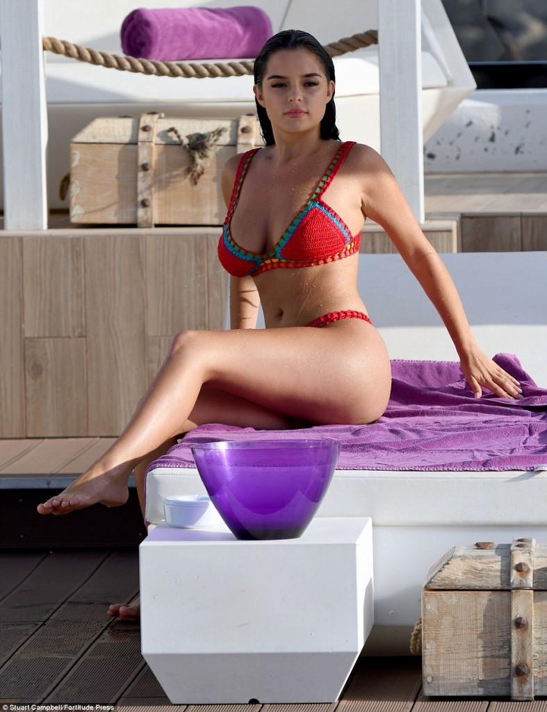 Demi Rose Mawby Showed Off Her Sensational Curves In Very Sexy Red Crocheted Bikini