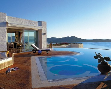 Remarkable and Astounding Hot Tubs Views