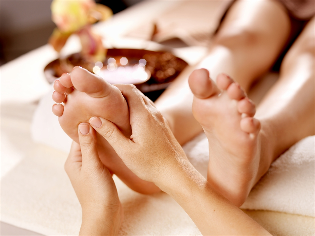 hands and feet are the main massage points